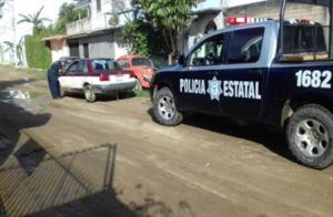 Taxi del sitio Samaritana de Atzompa, con número económico y razón social ilegibles.