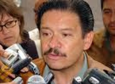 Exige senador perredista destitución de presidente del IEE en Oaxaca