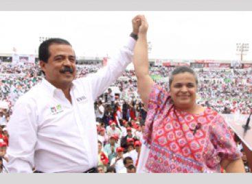 Llama Paredes Rangel a construir gobierno de la justicia social en Oaxaca