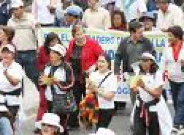 Inician maestros paro indefinido en Oaxaca