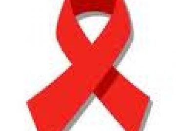 Firman convenio a favor de la lucha contra el SIDA