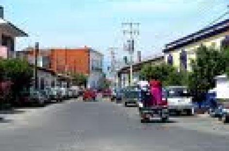 Investigan fuga de tres reos del penal de Tehuantepec, Oaxaca