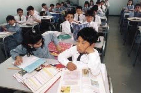 Regresan más de 27 millones de alumnos a clases en el país