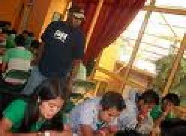 Exigen estudiantes del IEBO destitución de directivos