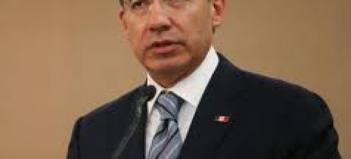 No habrá aumento de impuestos en 2011: FCH