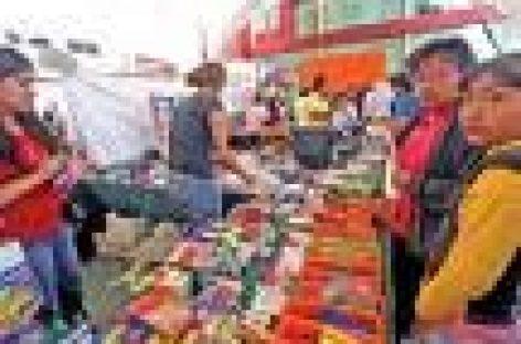 Inicia Feria de regreso a clases en el Llano
