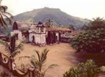 Bloquean habitantes de Tejalapam carretera federal