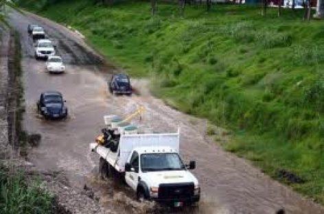 Crece nivel de los ríos Los Perros en el Istmo y Atoyac en Oaxaca