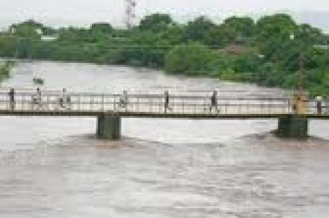 Suspenden clases por inundaciones en el Istmo