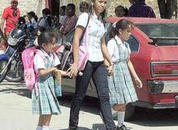 Entre 2 mil y 5 mil pesos gastan padres por regreso a clases