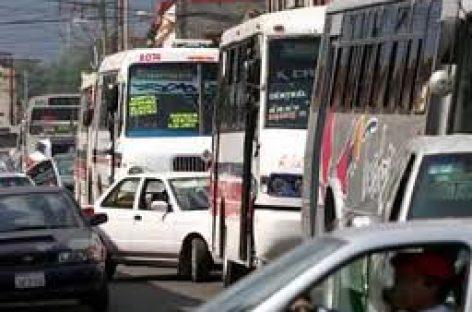 Acusan transportistas autoritarismo y represión de autoridades