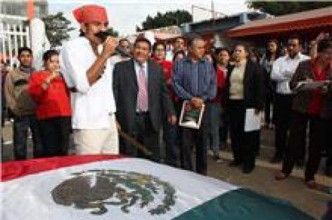 Exhortan a universitarios a construir juntos el México que queremos