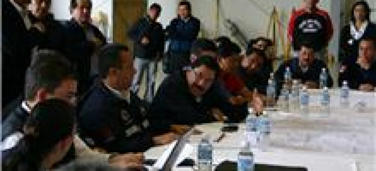 Encabeza reunión Blake Mora, Ulises Ruiz y Gabino Cué por apoyo a Tlahuitoltepec
