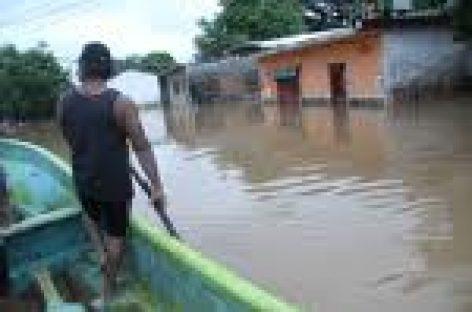 Alerta Protección Civil a la población por desbordamiento de ríos en zona del Istmo