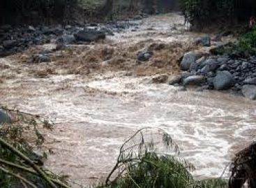 Monitorea Protección Civil ríos y arroyos de Oaxaca