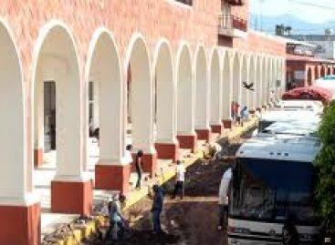"""Ocupan """"paramilitares"""" de MULT y UBISORT, a balazos, San Juan Copala; integrante del MULTI herida de gravedad"""