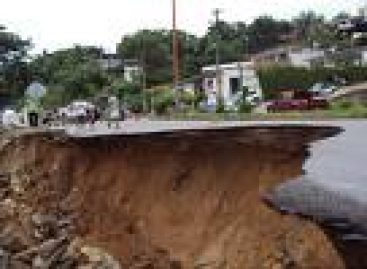 Dificulta mal estado de caminos llegada de ayuda a Tlahuitoltepec