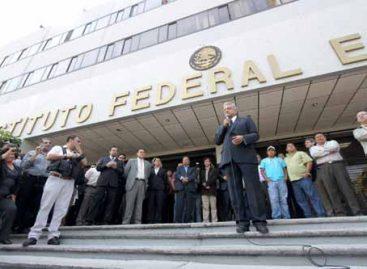 Envilece Felipe Calderón investidura presidencial: López Obrador