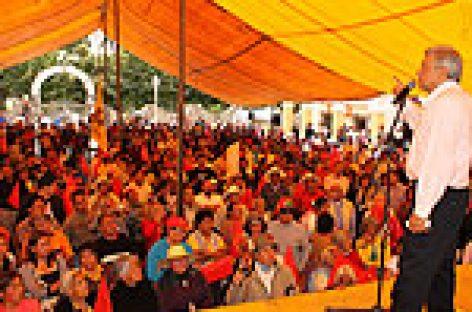 Traición a principios y militantes del PRD,  alianza con el PAN, afirma López Obrador