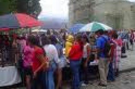 Piden intervención de autoridades municipales para solucionar conflicto de comerciantes