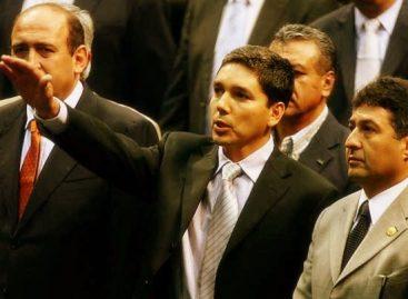 Renuncia Julio César Godoy al PRD