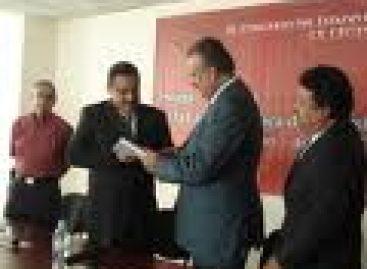 Dictan auto de formal prisión a familiares del Secretario de Finanzas