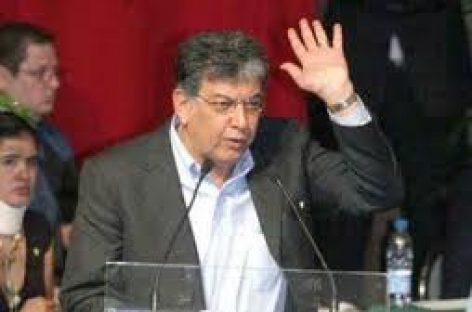 """""""Sigo en el PRI"""", dijo Murat Casab y le deseó suerte a Gabino Cué"""