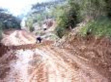 Acusan a edil de no entregar despensas ni recursos a damnificados en Choapam