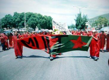 Realiza MULT marcha a Ciudad Judicial; bloquea accesos