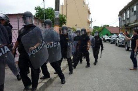 Antimotines resguardan Museo del Palacio, a unas horas del Informe de URO
