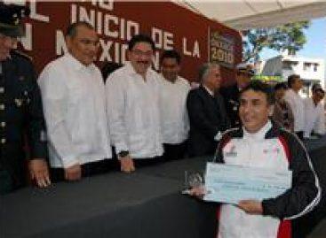 Realizan ceremonia del Centenario de la Revolución Mexicana