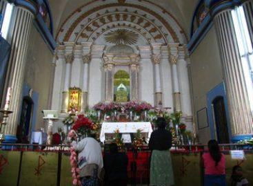 Toma grupo armado pedimento del Santuario de la Virgen de Juquila