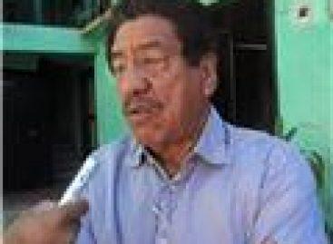 Entregan visas y pasaportes a hijos de migrantes mixtecos