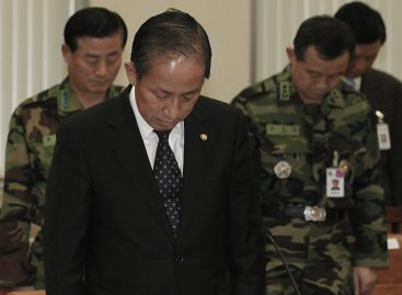 Renuncia ministro surcoreano de Defensa tras ataque de Corea del Norte