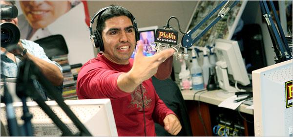 El locutor de radio, Eduardo 'Piolín' Sotelo.