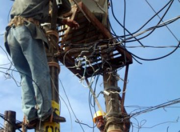 CFE deja sin luz a la capital oaxaqueña; autoridades adeudan 11 mdp