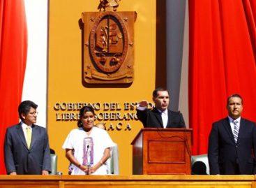 <strong>Rinde protesta Gabino como Gobernador de Oaxaca</strong>