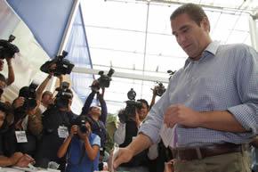 Gabino vota