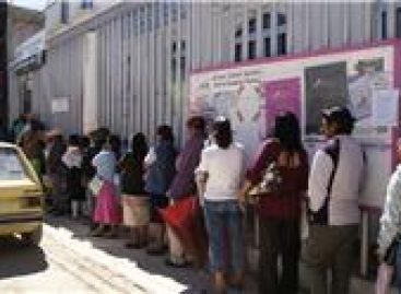 Califican ciudadanos de ineficiente servicio del módulo del IFE en Tlaxiaco