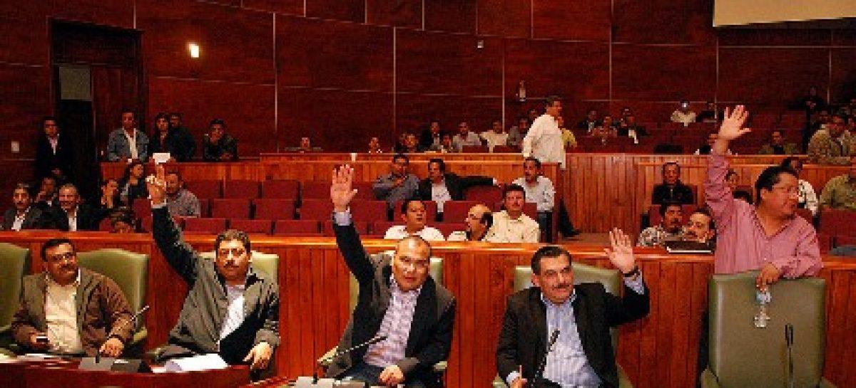 Nombrados administradores en 29 municipios, convocaran a elecciones