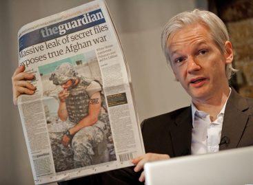 Se entrega a la policía de Londres fundador de WikiLieaks