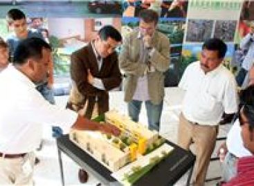 Generan españoles más de mil empleos en construcción de fraccionamiento en Cuilapam