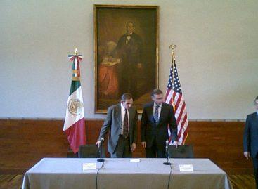 Se reúnen embajador de Estados Unidos, Carlos Pascual y gobernador de Oaxaca, Gabino Cué
