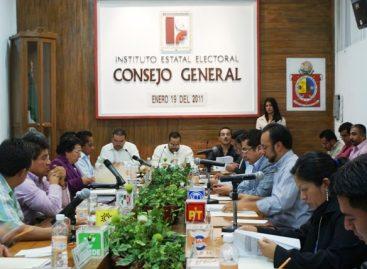 Indígenas chinantecos demandan a Gabino Cué, saque las manos del secretario de Desarrollo Rural, Salomón Jara, de la elección municipal