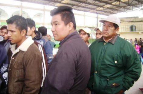 Liberan funcionarios retenidos por conflicto postelectoral en Santiago Yaveo