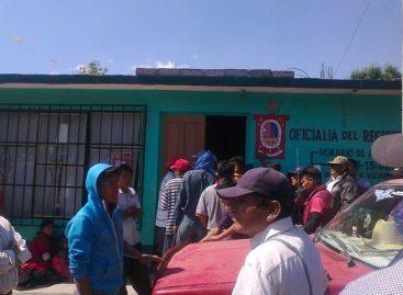 Indígenas triquis toman oficinas públicas y municipales en Juxtlahuaca