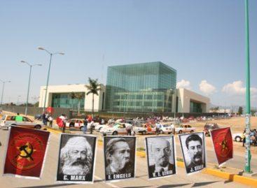 Bloqueó el FPR el Congreso de Oaxaca; organización aliada del gobierno del cambio