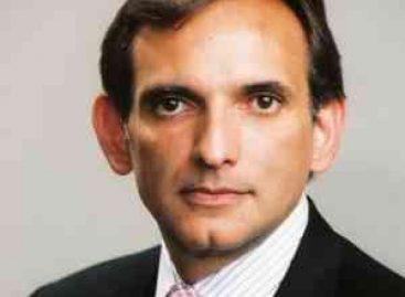 Renuncia a su cargo Carlos Pascual, embajador de Estados Unidos en México