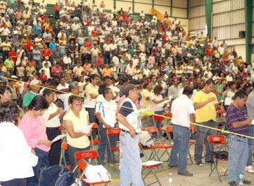 Acuerda la sección 22 del SNTE movilizaciones, se opondrá a visitas de Felipe Calderón, boicot al periódico Noticias y al Canal 13