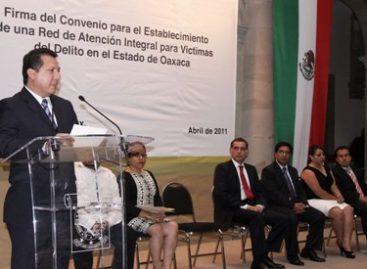 CNH y Oaxaca firman convenio; acepta recomendación por desaparición de guerrilleros